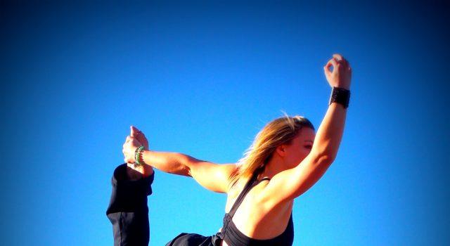 yoga-dancer-sky-blue-60697